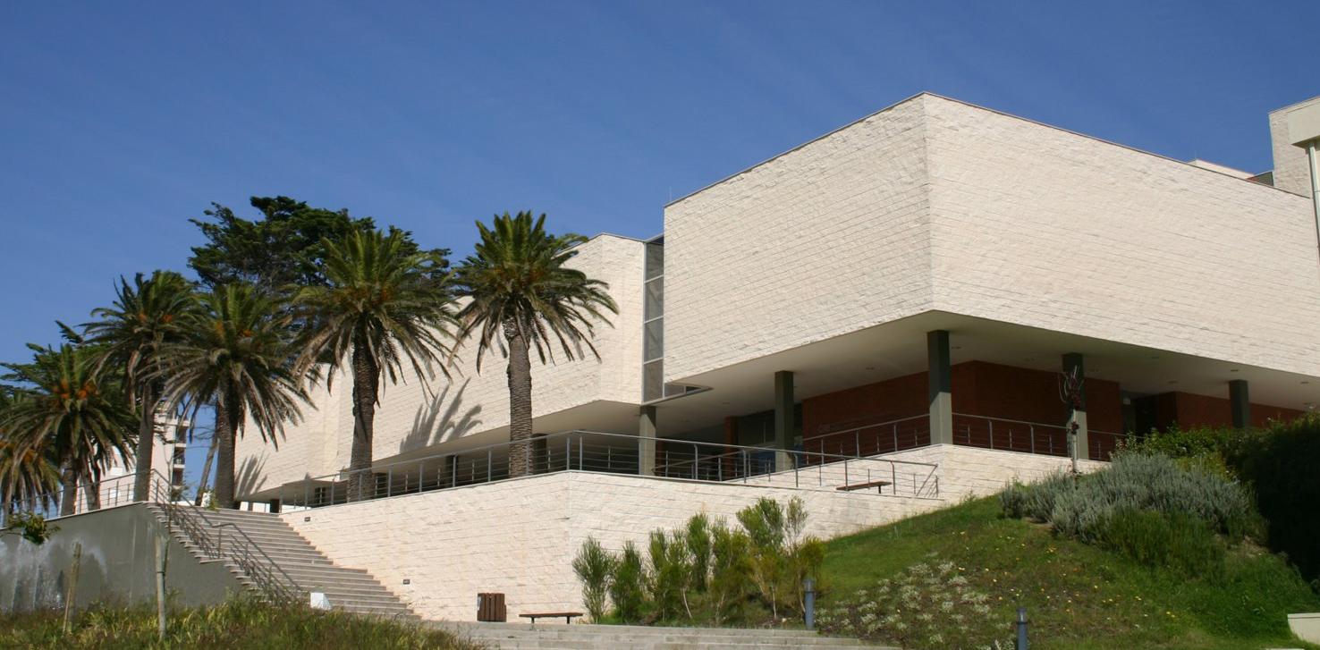 Resultado de imagem para Centro de Artes e Espectáculos da Figueira da Foz (CAE)